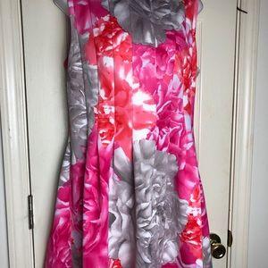 Eliza J, Size 14 sleeveless Floral Print